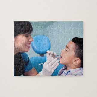 DENTIST, DOCTOR AND PATIENCE RELATIONSHIP JIGSAW PUZZLE
