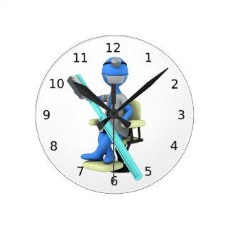 Dentist Round Clock