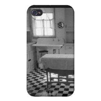Depression-Era Farm Kitchen iPhone 4/4S Cover
