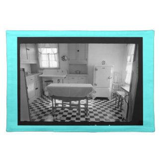 Depression-Era Farm Kitchen Placemat (Aqua Border) Cloth Placemat