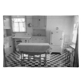 Depression-Era Farm Kitchen Placemat Cloth Place Mat