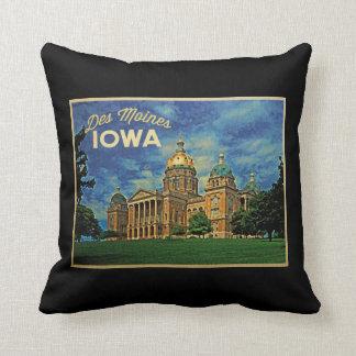 Des Moines Iowa Throw Cushions