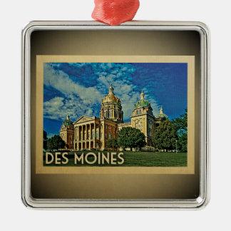 Des Moines Iowa Vintage Travel Ornament