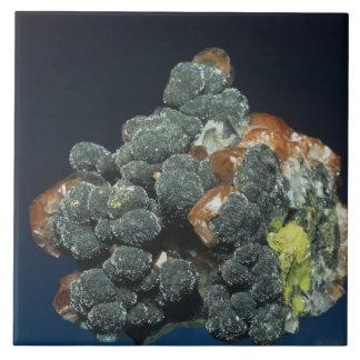Descloizite on Calcite Tile