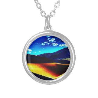 Desert Damage Round Necklace