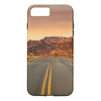 Desert Highway Scenery Landscape iPhone 7 Plus Case