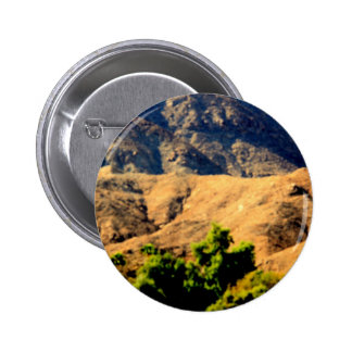 DESERT MOUNTAINS.AWESOME .MULTIPLE ITEMS PINBACK BUTTON