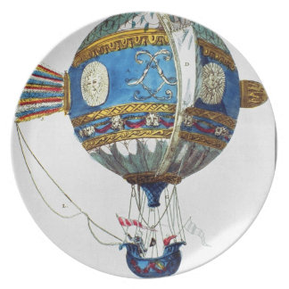 Design for a hot-air balloon with a diameter of 12 dinner plates