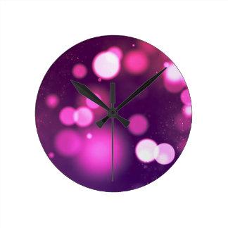 Designs hours round clock