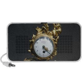 Desk clock travelling speaker