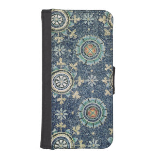 Detail of the floral decoration from the vault iPhone SE/5/5s wallet case