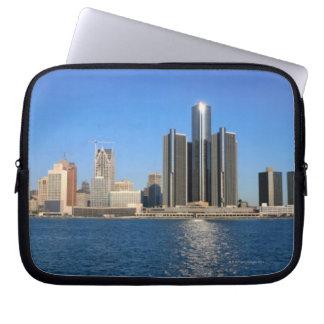 Detroit skyline 2 laptop sleeve