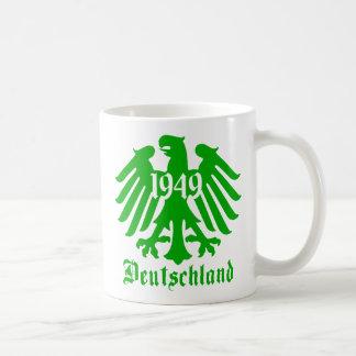 Deutschland 1949 German Eagle Emblem Mug [Green]
