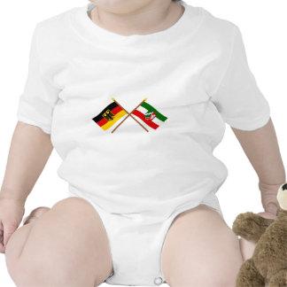 Deutschland & Nordrhein-Westfalen Flaggen gekreuzt Tee Shirts