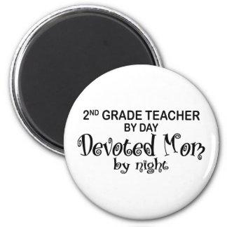 Devoted Mom - 2nd Grade 6 Cm Round Magnet