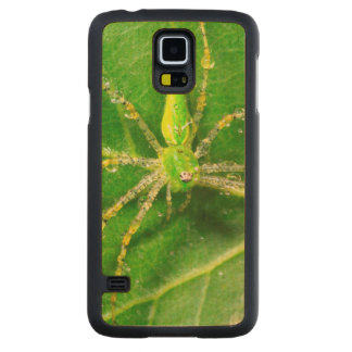 Dew on a Green Lynx Spider Carved Maple Galaxy S5 Case