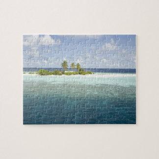 Dhiggiri Island, South Ari Atoll, The Maldives, Puzzle