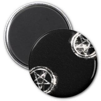 Diagonal Inverted Pentagrams 6 Cm Round Magnet
