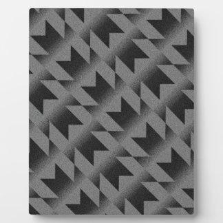 Diagonal M pattern Plaque