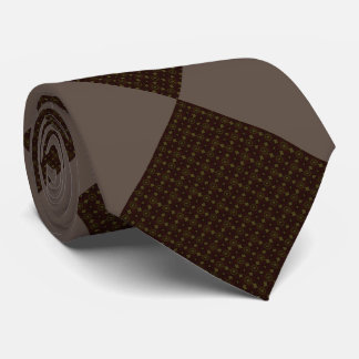 Diamond-patterned tie brown