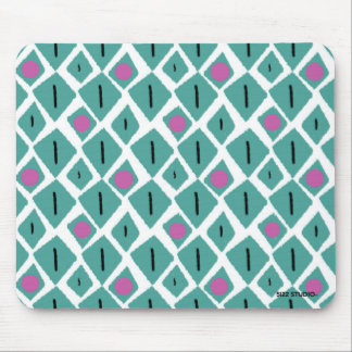Diamond Turquoise with Pink Circles Pattern Mouse Pad