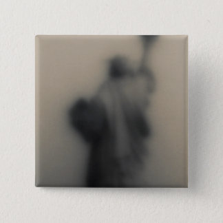 Diffused image of the Statue of Liberty 15 Cm Square Badge