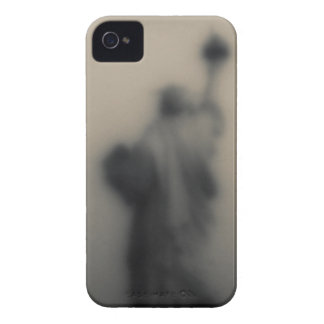 Diffused image of the Statue of Liberty iPhone 4 Case-Mate Cases