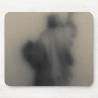 Diffused image of the Statue of Liberty Mouse Mat
