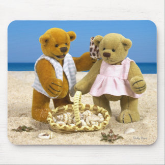 Dinky Bears: Day at the Beach Mouse Pad
