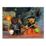 Dinky Bears Skeleton & Witch