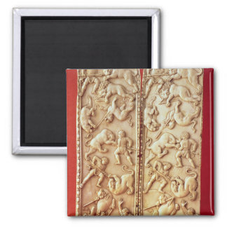 Diptych with a lion hunting scene magnet