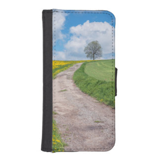 Dirt Road and Tree iPhone SE/5/5s Wallet Case
