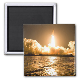 Discovery Lift Off Square Magnet