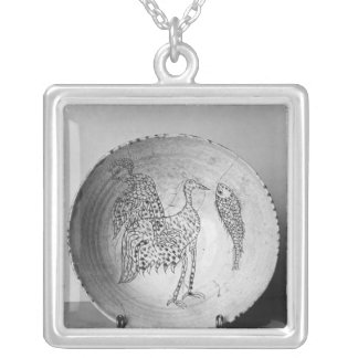 Dish decorated with birds silver plated necklace