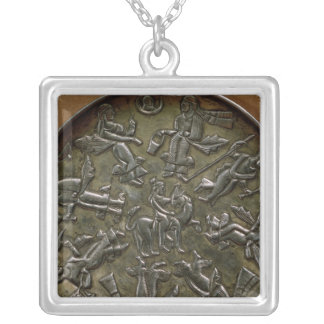 Dish relief decoration depicting goddess silver plated necklace