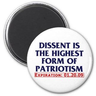 Dissent (expired 01.20.09) 6 cm round magnet