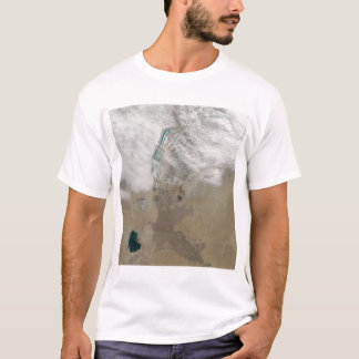 Distinctive lines of clouds T-Shirt