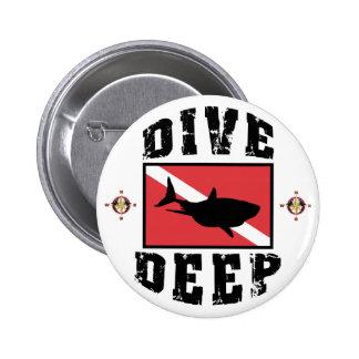 Dive Deep Shark SCUBA Flag 6 Cm Round Badge