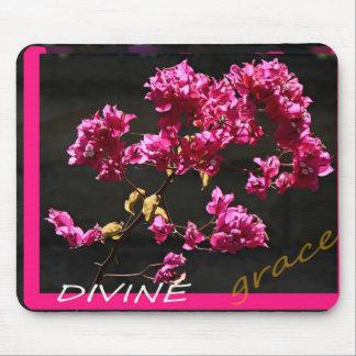 DIVINE MOUSE MATS