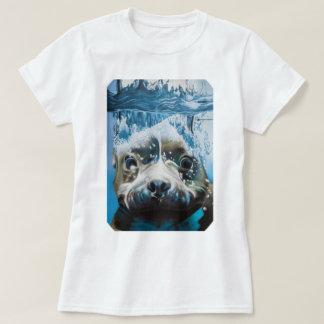 Diving pitbull (square design) T-Shirt