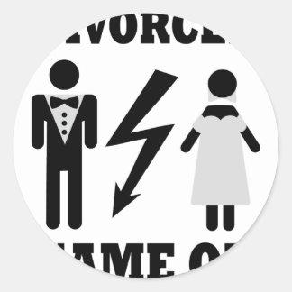 divorced game on icon round sticker