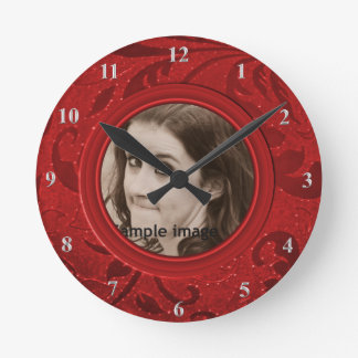 DIY Make Your Own Festive Red | Personalized Photo Clock