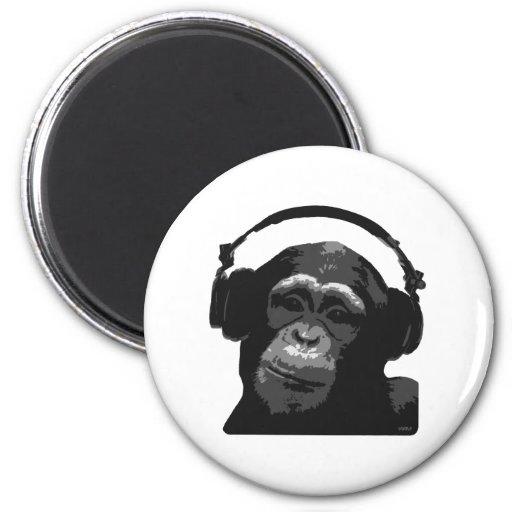 DJ MONKEY 6 CM ROUND MAGNET