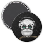 Dj Owl with Headphones, Glasses and Stars 7.5 Cm Round Magnet