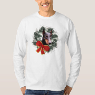 Doberman And Wreath Christmas Dog T-Shirt