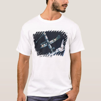 Docked Space Shuttle 2 T-Shirt