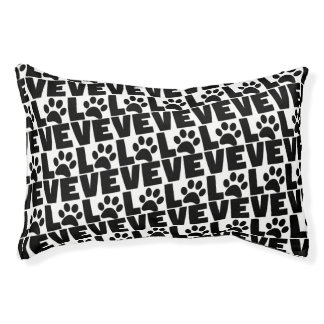 Dog Love - Black Dogs Paw on White Pet Bed