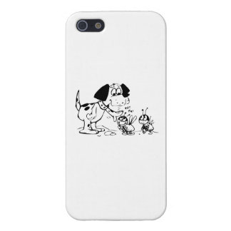 Dog Patting a Bug iPhone 5 Cover