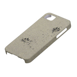 doggies in the sand iPhone 5 cases