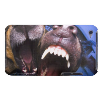 Dogs barking iPod touch Case-Mate case